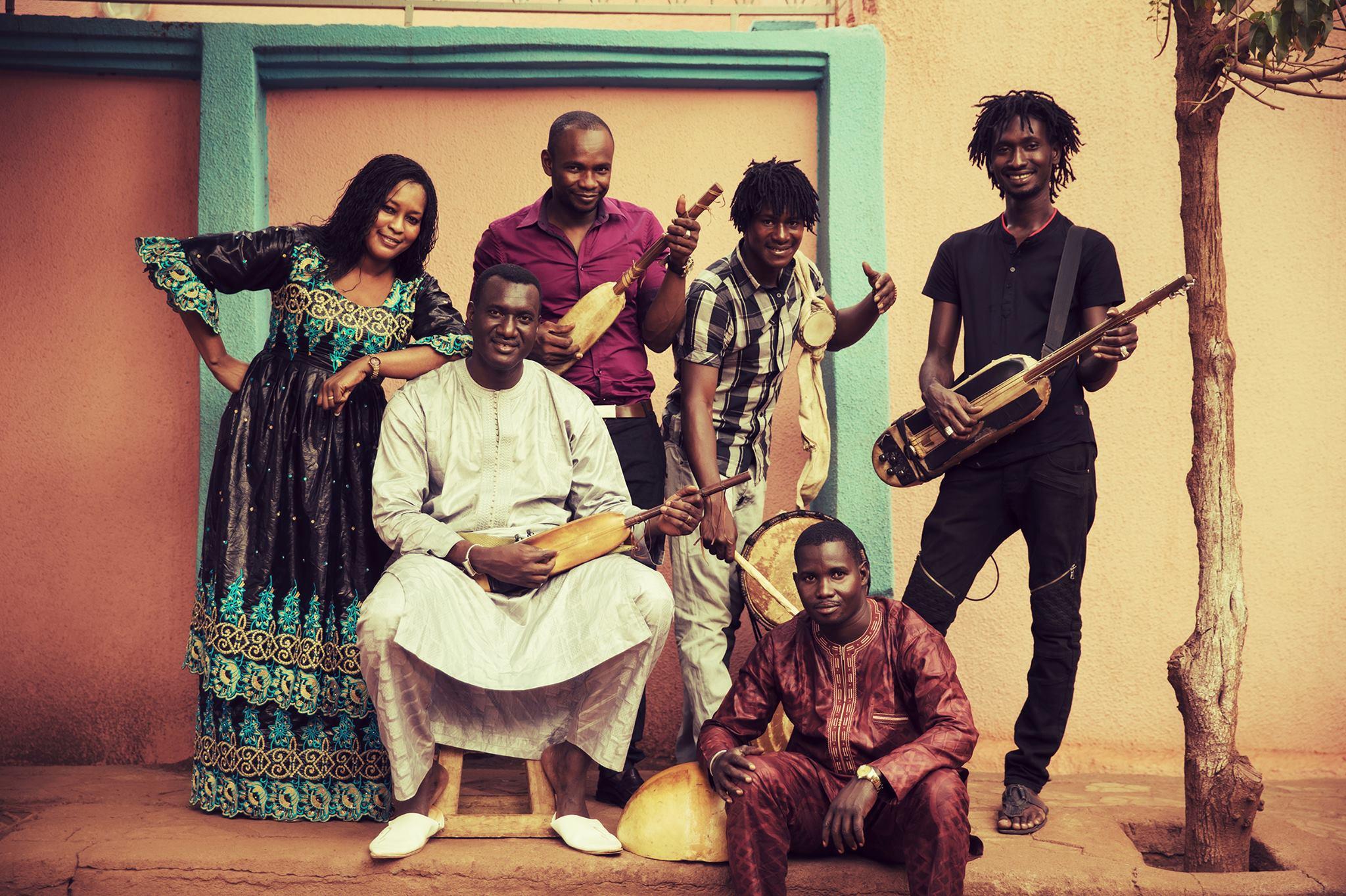 Konsert: Bassekou Kouyaté & Ngoni Ba // Kulturhuset Stadsteatern